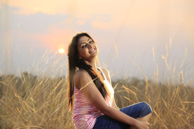 Om Shanti Om Review