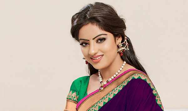 Diya Aur Baati Hum 7th November 2015