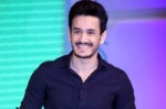 IIFA: Superstar Akhil's First Live Performance
