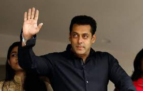 Salman Khan Donates Rs. 2.5 crores for Drought Victims in Maharashtra