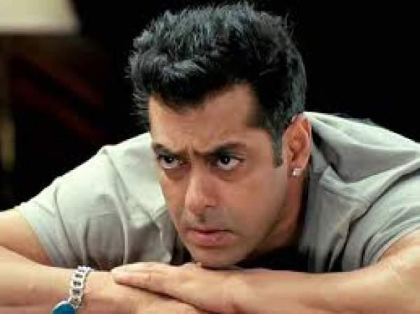 Salman Khan Donates Rs. 2.5 crores for Drought Victims in Maharashtra