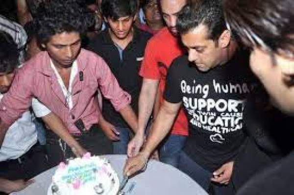 Happy Birthday Salman Khan, Plans a Huge 50th Birthday Bash