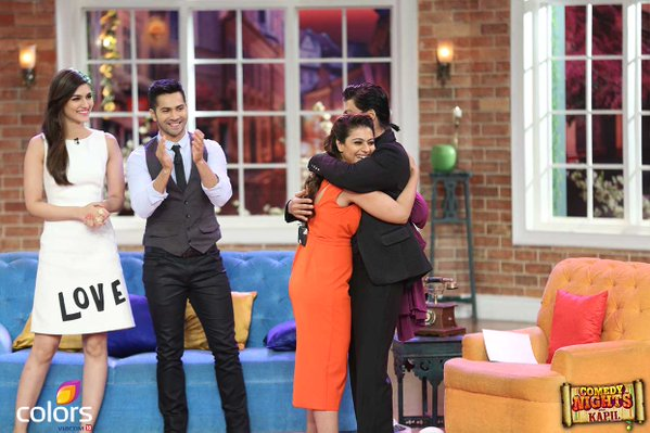 Varun Dhawan and Kriti Sanon also reached CNWK along with the star jodi of Dilwale to promote movie