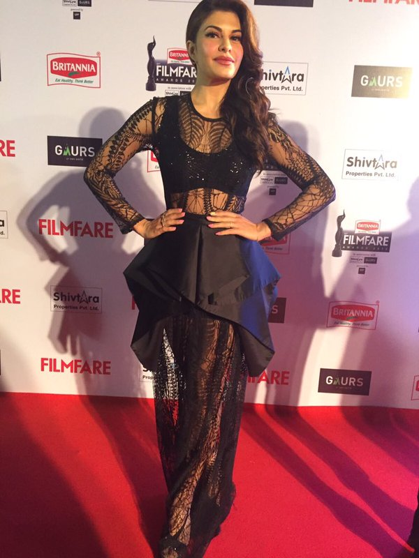 Jacqueline enters on the red carpet leaving her fans mesmerised