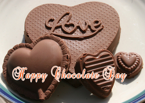 Happy Chocolate Day 2017 SMS Wishes Quotes Messages Shayari Greetings