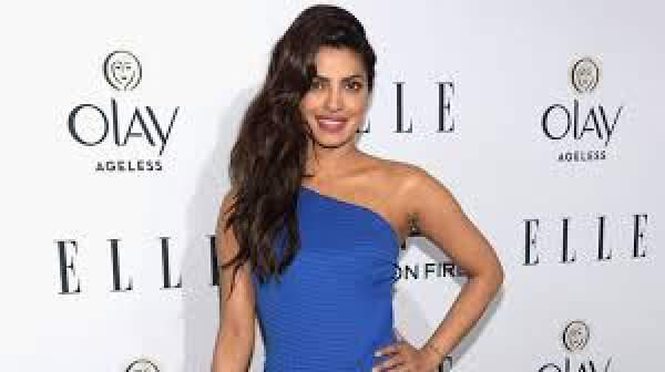 Priyanka Chopra Turns Presenter for Oscars 2016