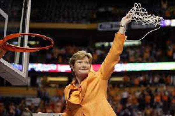 Pat summitt death legendary woman basketball player dies