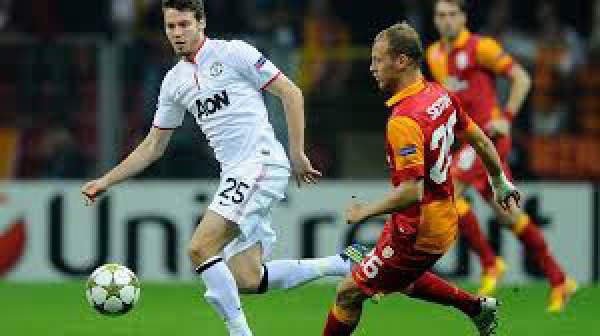 Galatasaray vs Manchester United Live Score