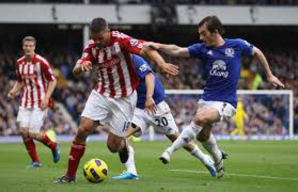 Everton vs Stoke City Live Score