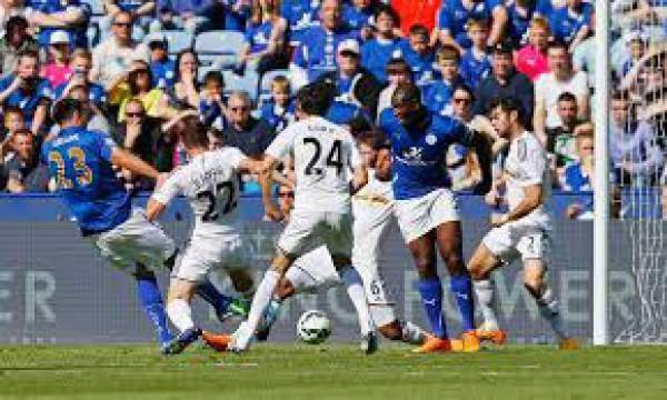 Leicester City vs Swansea City Live Score