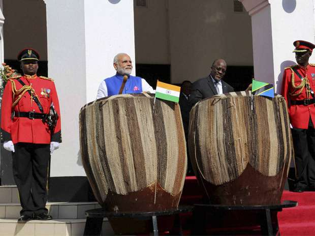 Always a music lover - Indian PM has a love to play instruments and get cozy with every culture around the world