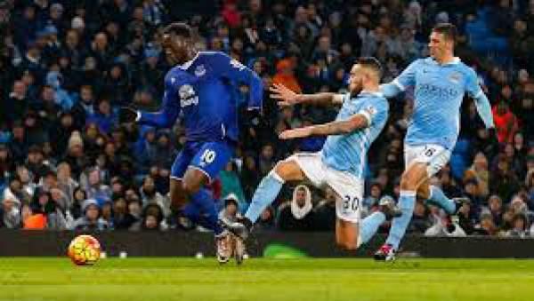 Manchester City vs Everton Live Score