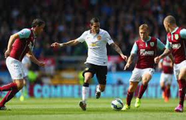 Manchester United vs Burnley Live Score
